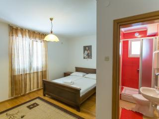 Room in Mlini (7 km from Dubrovnik) - Mlini vacation rentals