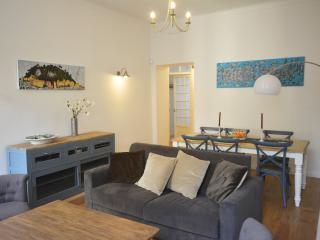 Very nice apartment in Port area of Nice - 90 sqm - Nice vacation rentals
