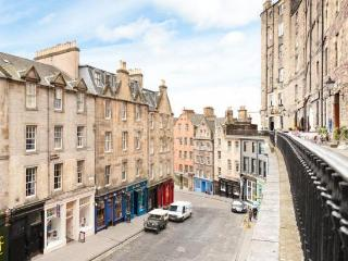 Midbow Apartment West Bow/Victoria Street - Edinburgh vacation rentals