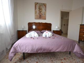Ciampino Central Apartments - Vintage Room - Ciampino vacation rentals