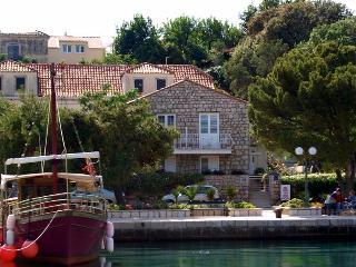Apartment Zarac - Dubrovnik vacation rentals