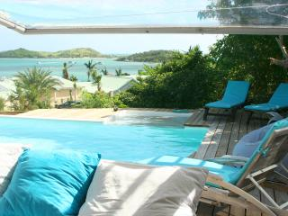 L'ancre Bleue, Gorgeous View On Pinel Island, 200 M From The Beach - Saint Martin vacation rentals