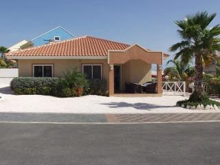 Carribean Beach bungalow - Willemstad vacation rentals