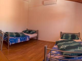 4 rooms 8 beds in the center of Split Croatia - Split vacation rentals