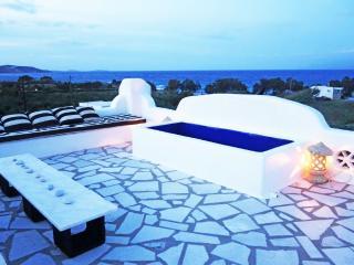 BEACHFRONT COASTLINE VIEWS Designer VILLA  NAOUSA - Naoussa vacation rentals
