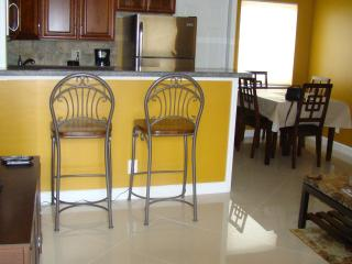 Nice Condo with Internet Access and Dishwasher - Lighthouse Point vacation rentals