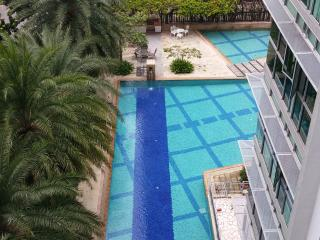 Cool and breezy east coast condo for 2 person - Singapore vacation rentals