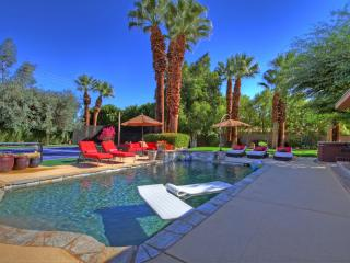 5/5 Tennis Estate in desirable south Palm Desert - Palm Desert vacation rentals