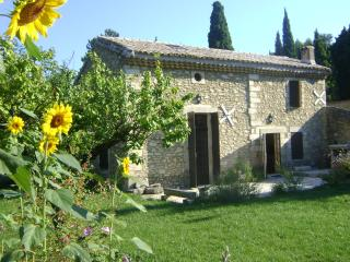 Nice House with Parking Space and Balcony - Aramon vacation rentals