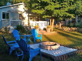 Bright Cottage with Deck and DVD Player - Sauble Beach vacation rentals