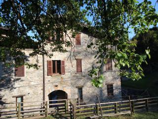 Borgo III Apartment - Cremia vacation rentals
