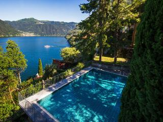 Beautiful Villa with Internet Access and Dishwasher - Nesso vacation rentals