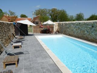 Nice Gite with Internet Access and Hot Tub - Angles sur l'Anglin vacation rentals