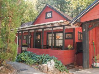 Creekside Cabin - Middletown vacation rentals