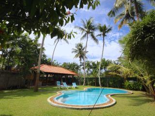 Beautiful 3 bedroom Villa in Mirissa with Deck - Mirissa vacation rentals