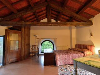 Casale Ferronio - Triple Apartment - Ponticelli vacation rentals