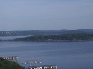 Lake Home Retreat with 5 bed/3 bath - Table Rock Lake vacation rentals