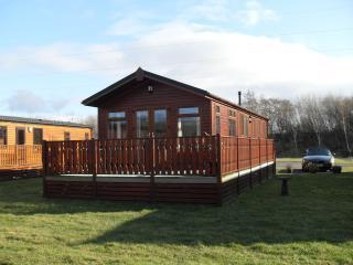 Perfect 2 bedroom Carnforth Lodge with Deck - Carnforth vacation rentals