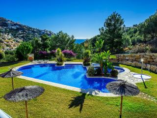 Casa Noosa-A qualty property by ResortSelector - Altea vacation rentals
