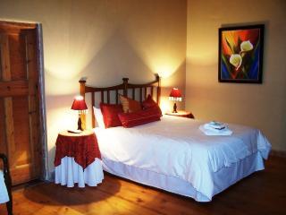 6 bedroom B&B with Internet Access in Ladybrand - Ladybrand vacation rentals