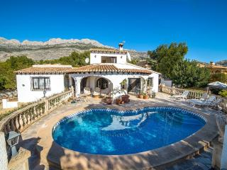 Casa Chicas-A quality villa by ResortSelector - Altea la Vella vacation rentals