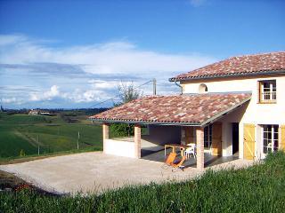 Gite le Magnolia, porte du Comminges en Gascogne - Haute-Garonne vacation rentals