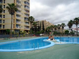 09. Apartment with nice ocean views near the beach - Playa de las Americas vacation rentals