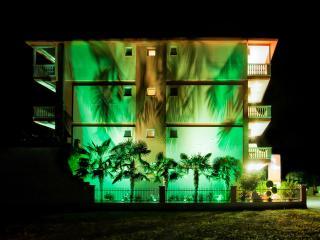 Charming Condo in Katerini with Stove, sleeps 2 - Katerini vacation rentals