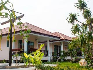Baan Opun Garden Resort - Villa 2 - Hua Hin vacation rentals
