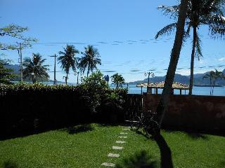 Casa Ilhabela Frente Mar - Itaguaçú - Ilhabela vacation rentals