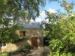 Hooks Barn - Lea vacation rentals