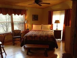 THE BLUE SPRUCE - Franklin vacation rentals
