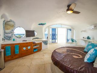 Shark Studio Retreat - Swan Villas - Placencia vacation rentals