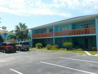 Nice Condo with Internet Access and Television - Cocoa Beach vacation rentals