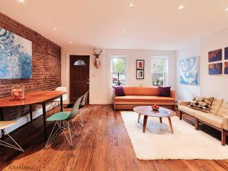 Mid-Century Garden Paradise - New York City vacation rentals