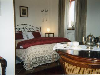 Suite matrimoniale di charme in collina torinese - Marentino vacation rentals