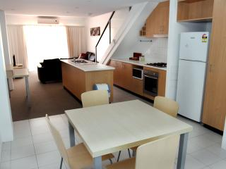 Townhouse Best Western Plus Ascot Apartments 6 - Ascot vacation rentals
