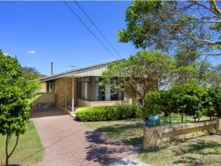 Manly Dam Pool House - Available Feb!!! - Balgowlah vacation rentals