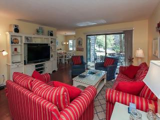 2311 Racquet Club-Beautiful 1st floor flat quick walk to Harbour Town! - Hilton Head vacation rentals