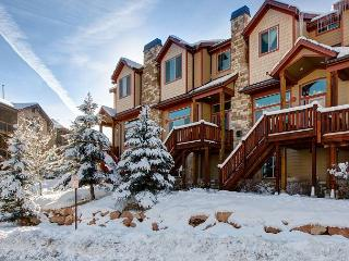 5BR/3.5BA Mountain Townhome with Hot Tub, Park City, Sleeps 10 - Park City vacation rentals