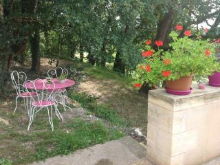 Nice Gite with Internet Access and A/C - Tursac vacation rentals