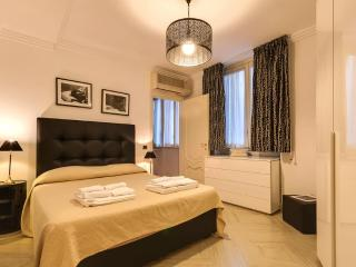Spanish Steps Luxury 2 - Rome vacation rentals