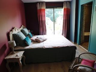 BONHEUR BOHEME - Chambre Boheme - Ecully vacation rentals