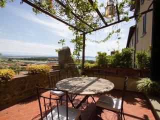 Castiglione Apartment - Castiglione Della Pescaia vacation rentals