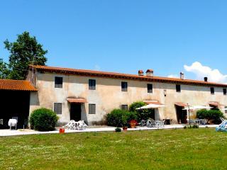 La Baldinacca - Appartamento Bellavista - 4 posti - Migliarino vacation rentals