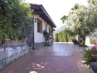 The Villa - Francavilla di Sicilia vacation rentals