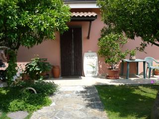 Az.Agrituristica VILLA ARIANNA Bilocale Arancio 2 - Imperia vacation rentals
