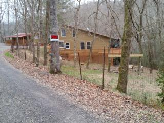 Secluded Center Hill Home & Guesthouse - Baxter vacation rentals