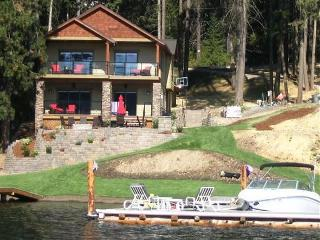 Perfect 3 bedroom House in Coeur d'Alene with Deck - Coeur d'Alene vacation rentals