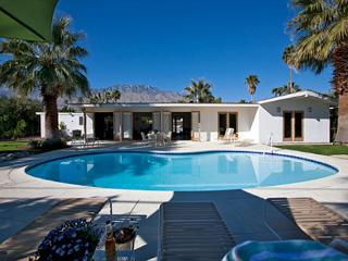 Mid Century Modern - Palm Springs vacation rentals